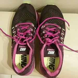 Nike Shoes - Nike Running Shoe